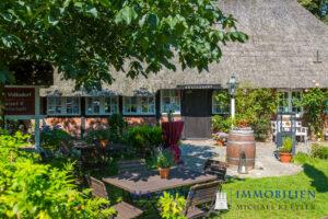 Immobilienmakler Volksdorf Innenhof Restaurant Dorfkrug Volksdorf